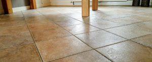 Steenvloer onderhoud en reiniging